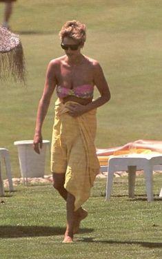 Princess Diana Diana - HOLIDAY à MALAGA Espagne _ Suite