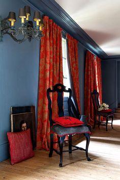 Manuel Canovas' Madiran (curtains), Esterel (pillow on floor), Pau (chair cushion), Marmande (pillow) #manuelcanovas
