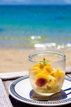 食堂かりか 憧れの美ビーチカフェで本格的なネパール料理が楽しめる、沖縄のおすすめスポット!