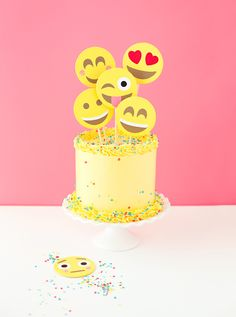 This emoji cake is a cool birthday cake idea for tweens and teens obsessed with texting. Which is all of them, right? | A Subtle Revelry