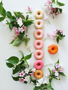 Ombre Donuts by @thegardenofeatin