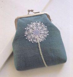 Вышитые одуванчики (подборка) / Вышивка / ВТОРАЯ УЛИЦА под вышивкой несколько слоев сетки, разного диаметра