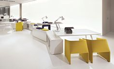 Contract Furniture - Open plan Beta bench system by Tecno.