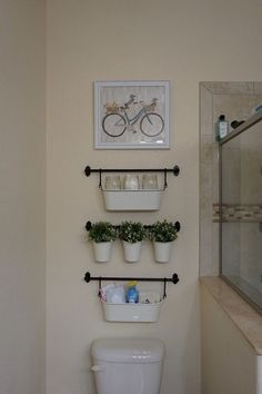 Bathroom Hacks And Tips 99 Quick And Easy Bathroom Organization Ideas Rv Bathroom, Bathroom Hacks, Diy Bathroom Decor, Bathroom Towels, Simple Bathroom, Bathroom Ideas, Peach Bathroom, Relaxing Bathroom, Bathroom Cabinets