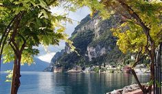 Scenic Lake Garda break with tours of Venice & Verona Week End En Europe, Riva Del Garda, Cycling Holiday, Italy Landscape, Italian Lakes, Station Balnéaire, Italy Holidays, Voyage Europe, Lake Garda