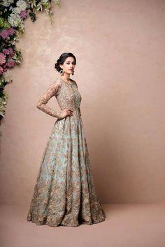 Indian Fashion — Shyamal and Bhumika Pakistani Bridal Dresses, Pakistani Wedding Dresses, Pakistani Outfits, Indian Outfits, Indian Clothes, Wedding Gowns, Indian Gowns, Indian Attire, Ethnic Fashion