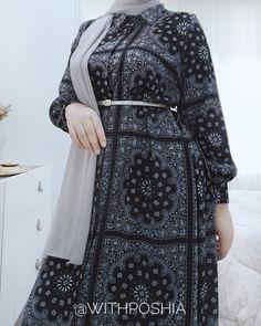 Muslim Women Fashion, Islamic Fashion, Fashion Drawing Dresses, Fashion Dresses, Plus Size Fashion For Women Summer, Modest Fashion Hijab, Mode Abaya, Hijab Fashion Inspiration, Style