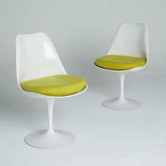 Image of 1st Generation Tulip Chairs by Knoll Associates