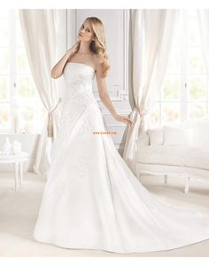 Scintillant & brillant Satin Sans manches Robes de mariée 2015