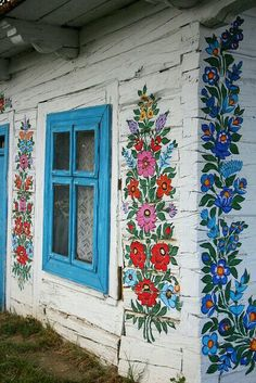 painted homes in Poland