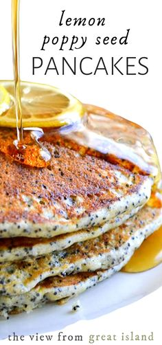 Fluffy Lemon Poppy Seed Pancakes the lighter brighter way to do your favorite breakfast! Brunch Recipes, Breakfast Recipes, Pancake Recipes, Brunch Ideas, Recipe Pantry, Beef Recipes, Cooking Recipes, Recipies, Healthy Recipes