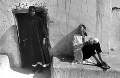 Ferdinando Scianna 1992 EGYPT, Assuan: fashion story with Stacey NESS