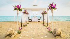 Naboso, v lehkých šatech a na pláži – to je opravdová romantika.