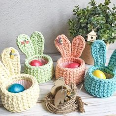 New Photo Crochet basket trapillo Ideas You can find Trapillo and more on our website.New Photo Crochet basket trapillo Ideas Crochet Diy, Crochet Bunny, Crochet Home, Crochet Gifts, Hand Crochet, Tutorial Crochet, Easter Crochet Patterns, Crochet Basket Pattern, Crochet Baskets