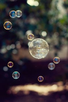 #bubbles  the world would be a happier place if everyone had thete own bottle of bubbles ! Its impossible to be mad and blow bubbles !♡THEM
