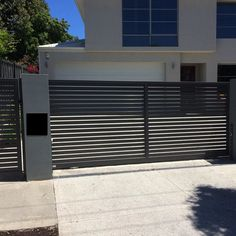 Buy Best choice of Automatic gates,Electric gates and automatic sliding gates in Perth. Home Gate Design, Steel Gate Design, Front Gate Design, House Front Design, Door Design, Metal Driveway Gates, Modern Driveway, Front Gates, Entrance Gates