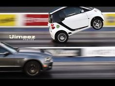 Smart Car Wheel-Stands While Going Head To Head With Ford Mustang Shelby! Smart Auto, Smart Car, Smart Roadster, Toyota Paseo, Smart Fortwo, Ferrari Laferrari, Porsche 918, Cool Sports Cars, Car Mods