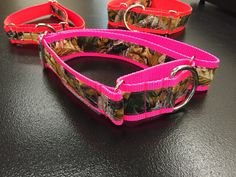 Camo crazy RT Advantage Timber Martingale dog collar. Always ready for fun print dog collar! Martingale dog collar, Bright print training collar, greyhound dog collar. Martingales are not just for sight hounds anymore!  Sizing: Small 9 to 16 available in 3/4, 1, 1 1/2 widths Med 11 to 22 available in 3/4, 1, 1 1/2 widths Lg 15 to 26 available in 1, 1 1/2 widths   Please specify your size and width preference when ordering. A martingale collar is a type of dog collar that helps prevent a dog…