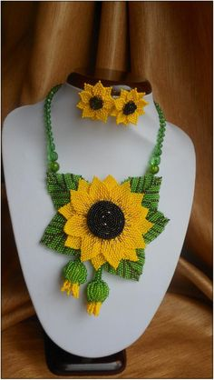 Sunflower necklace Beaded necklace Flower necklace Jewelry set Yellow necklace Handmade necklace Floral jewelry Necklace Sunflower Set Beaded Sunflower by BeadedJewelryVirunia on Etsy Sunflower Necklace, Sunflower Jewelry, Yellow Necklace, Floral Necklace, Seed Bead Necklace, Seed Bead Jewelry, Bead Jewellery, Jewelry Making Beads, Beaded Jewelry