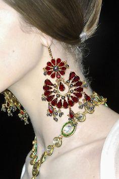 Western Retros Metallic Flower Vine Alloy Fashion Earrings