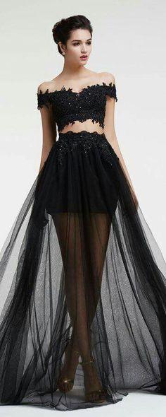 Belle robe top/jupe - avec voile de tulle