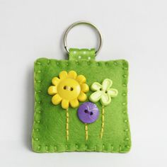 Felt Flower Button Keyring
