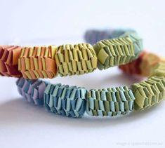 Folding paper beads