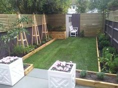 London garden design Honeybrook road - All For Garden Small Patio Design, Back Garden Design, Backyard Ideas For Small Yards, Modern Garden Design, Backyard Garden Design, Contemporary Garden, Backyard Landscaping, Small Back Garden Ideas, Small Garden Inspiration