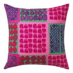 Marimekko Mummolan Marjat Pink and Green Pillow Cushion Covers, Pillow Covers, Marimekko Fabric, Berry Baskets, Spring Home, Soft Furnishings, Crate And Barrel, Color Inspiration, Pink And Green