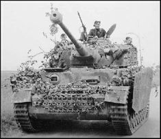 Panzer IV Ausf H with zimmerit. 536 5th company 12 SS/Waffen