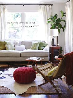 Like the curtains with the couch in front of the window - Diy Furniture Ideas Plum Living Rooms, New Living Room, Living Room Sofa, Apartment Living, Home And Living, Living Room Decor, Living Spaces, Girls Apartment, Dining Room