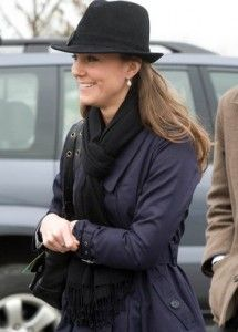 Kate Middleton in a black fedora. #Kate_Middleton #Fedora