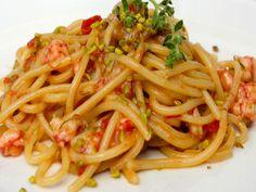 Sunday Pasta ®: Linguine con Gamberi Rossi Pistacchi di Bronte e Maggiorana (Prawns, Pistachio and Marjoram) - The Garrubbo Guide