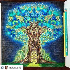 Instagram media desenhoscolorir - Árvore iluminada! #Repost @carenutino with @repostapp ・・・#desenhoscolorir My Tree of Life was inspired in the movie Avatar! #EnchantedForest #ColoringBook #Tree #Prismacolor  A minha Árvore da Vida foi inspirada no filme Avatar!#FlorestaEncantada #LivrodeColorir #JardimSecreto #Arvorefet #lapisdecor #nossaflorestaencantada #enchantedforest