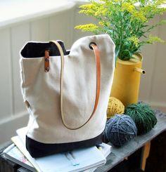 minimalist bag   tutorial: http://www.designsponge.com/2010/10/diy-project-renskes-minimalist-tote-bag.html