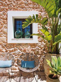 A TOUCH OF GLAMOUR IN A TRADITIONAL FINCA ON IBIZA | THE STYLE FILES
