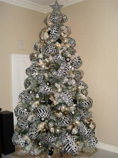 black and white contemporary christmas tree exquisite professional christmas decor by nicholas christmas contemporary christmas trees - Black And Silver Christmas Tree