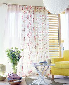Mismatched curtains. Love!