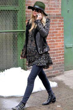 Crear outfits premamá puede ser tan fácil como tú te lo propongas #moda #fashion #mama #embarazada #pregnant #oversize #premama #invierno #winter #cold