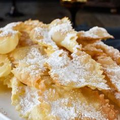 Crostoli are a crispy fried Italian pastries which are popular during Carnevale and many other celebrations. So light and flaky, Italian crostoli just Italian Cookie Recipes, Lemon Dessert Recipes, Italian Cookies, Italian Desserts, Italian Foods, Pastry Recipes, Italian Dishes, Appetizer Recipes, Bread Recipes