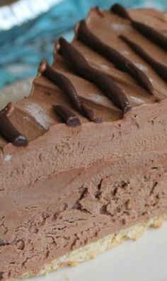 Dark Chocolate Cream Pie - Chocolate Chocolate and More! - - Dark Chocolate Cream Pie - Chocolate Chocolate and More! Sweet Recipes, Cake Recipes, Dessert Recipes, Cream Pie Recipes, Chocolate Cream, Chocolate Desserts, Chocolate Mousse Pie, Chocolate Tarts, Hershey Chocolate