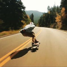 Raw Run Zak on the 2015 Anvil Skate Longboard, Downhill Longboard, Skate Extreme, Extreme Sports, Skateboard Photos, Old Vintage Cars, Skate Style, Longboarding, Skate Park