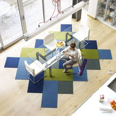 Love the unconventional shape of this carpet - I have these Flor tiles on my basement floor, now I want to change the design Carpet Tiles, Carpet Flooring, Rugs On Carpet, Stair Carpet, Vct Flooring, Office Interior Design, Interior Exterior, Office Interiors, Office Carpet