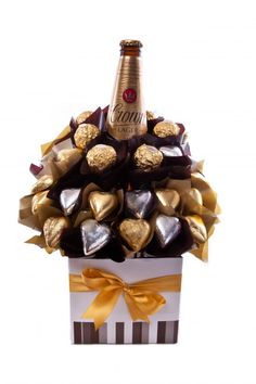 - Presented to impress, this bouquet features quality beer and creamy milk chocolate. 1 x Carlton Crown Lager 12 x Gold Milk Chocolate Hearts 6 x Ferrero Rocher Chocolates 8 x Silver Milk Chocolate Hearts Pr (valentine chocolate basket) Liquor Bouquet, Candy Bouquet, Chocolate Flowers, Chocolate Bouquet, Chocolate Hearts, Chocolate Hampers, Chocolate Gifts, Chocolate Basket, Christmas Hampers Australia