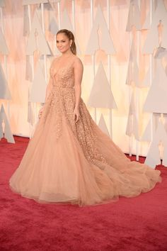 2015 OSCARS: TOP 10 BEST DRESSED OF THE NIGHT