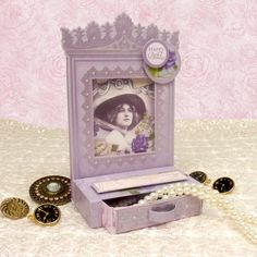 Card made using Dressing Table Project cards from the Antique Chic Collection by Hunkydory Crafts Card made using the Antique Chic Luxury Card Collection by Hunkydory Crafts http://www.hunkydorycrafts.co.uk/acatalog/Antique-Chic-Luxury-Card-Collection-ANT101.html#SID=326