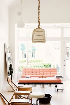 I couldn't believe it when I first saw it, but this sublime sitting area is not the living room of a stylist or a blogger. In a first for this series, today we are talking about bringing home the l...