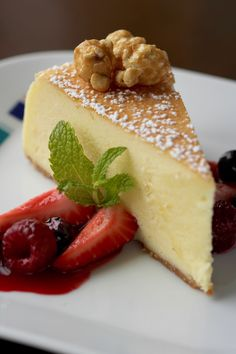 Eating cheesecake while your captain sails you to the next exciting port?! Sign us up!!