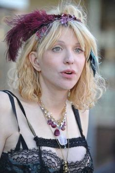 What was she WEARING?? Courtney Love!