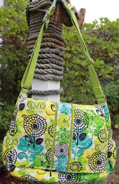 6885f47a30 Vera Bradley Lime s Up Messenger Baby Diaper Bag Flowers Green Blue Yellow